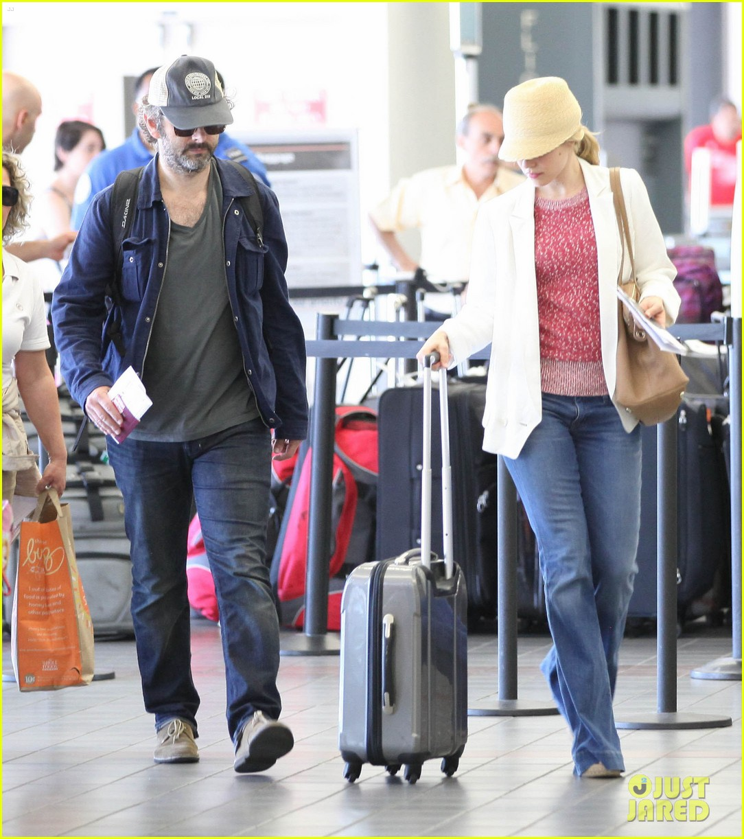 rachel mcadams michael sheen lax airport 042699735