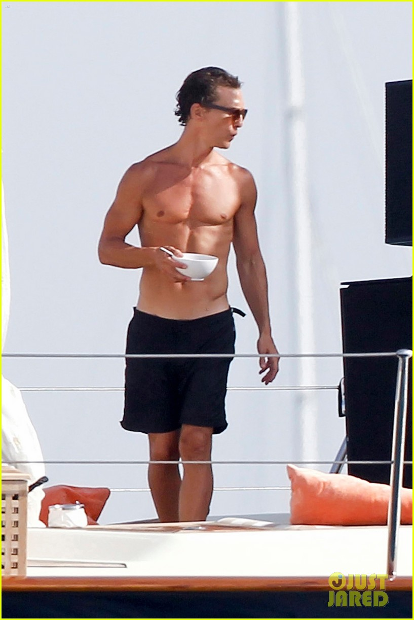 matthew mcconaughey camila alves ibiza vacation 022700940