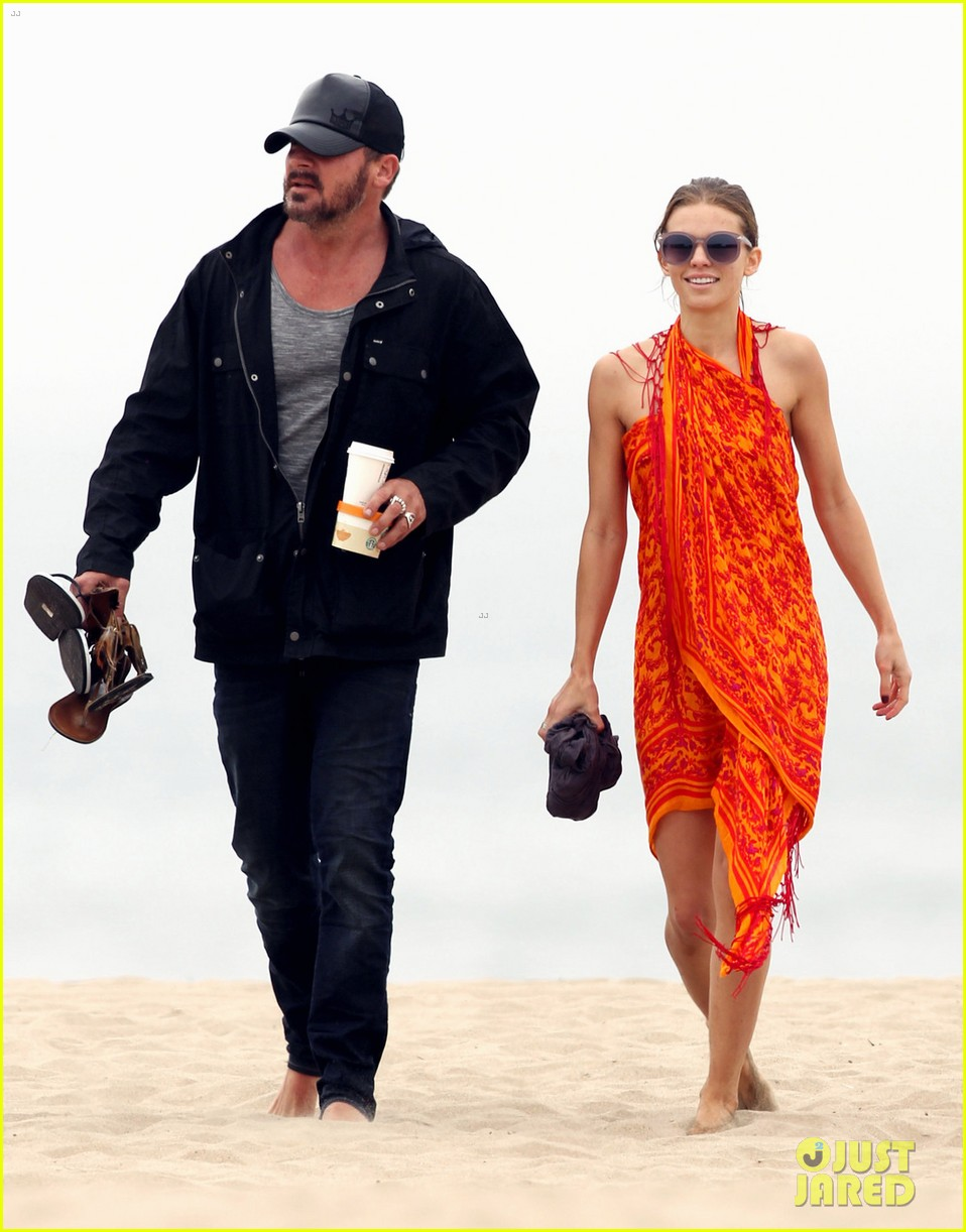 annalynne mccord sunset stroll with dominic purcell 032709744