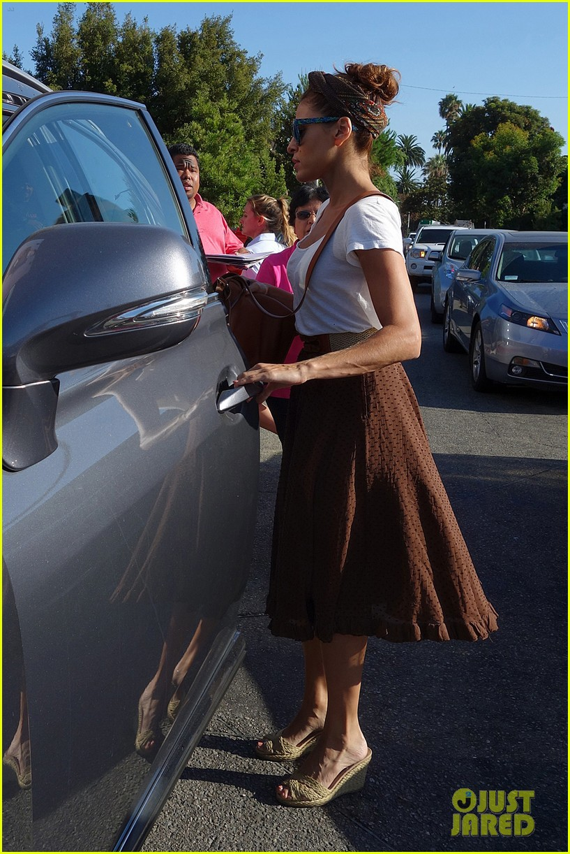 eva mendes errands with hugo 072705644