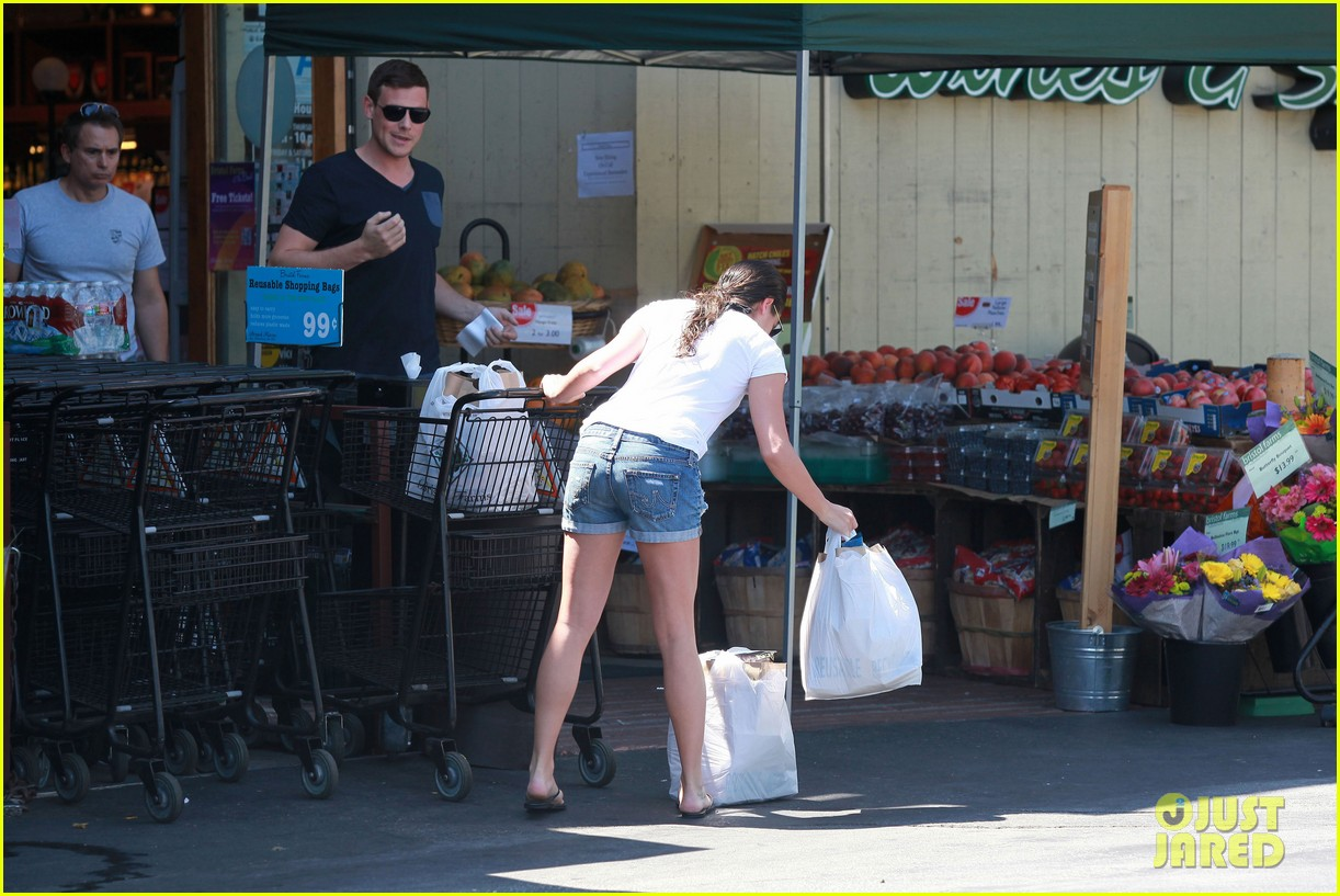 lea michele birthday grocery run with cory monteith 142710615