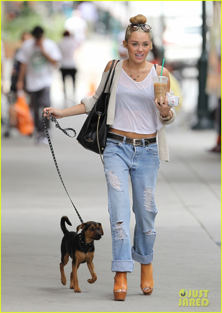 miley cyrus liam hemsworth filming in philly 022698305