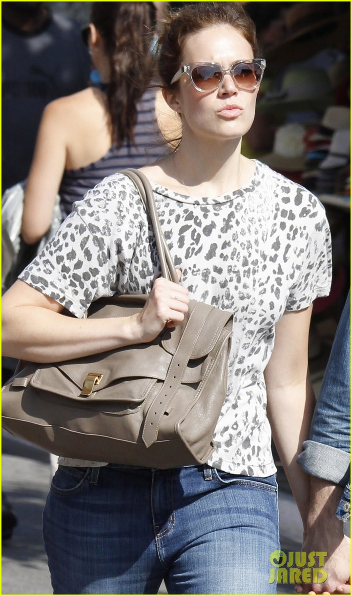 mandy moore ryan adams shopping 042697201
