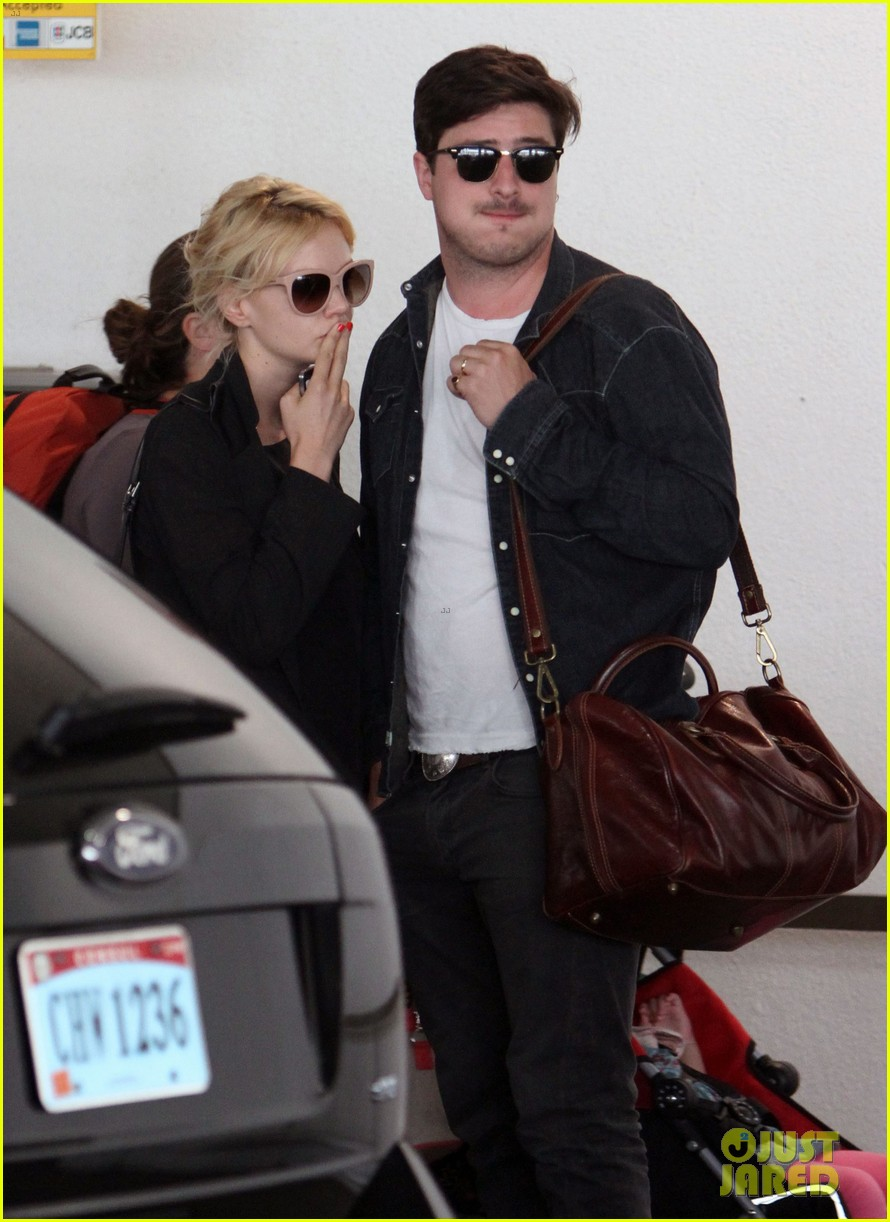 carey mulligan marcus mumford lax lovebirds 152707426