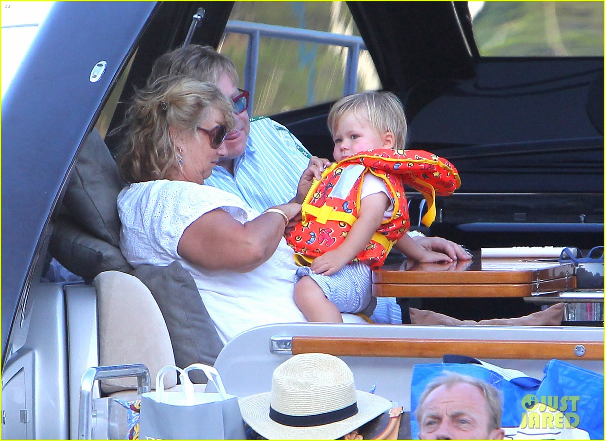 neil patrick harris saint tropez with the family 16