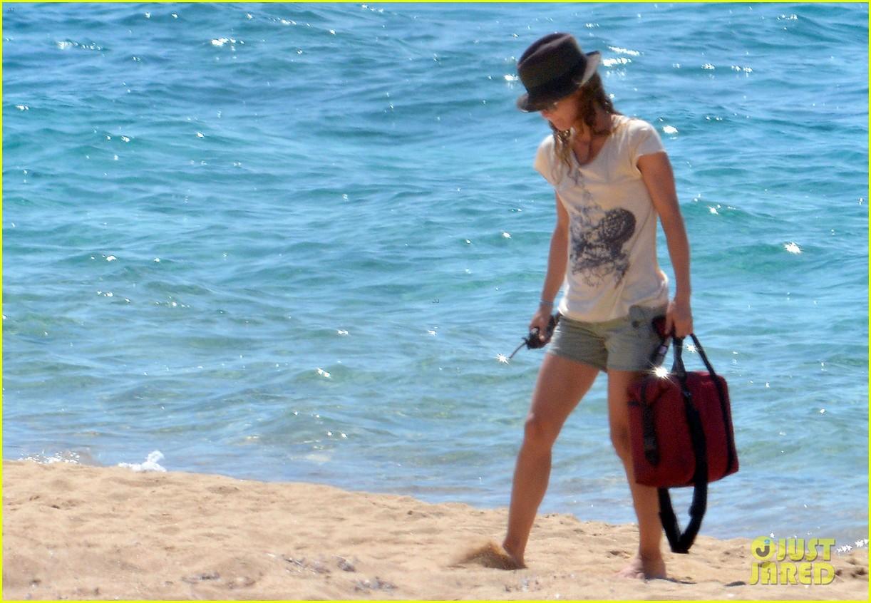 vanessa paradis bikini beach babe 032707371