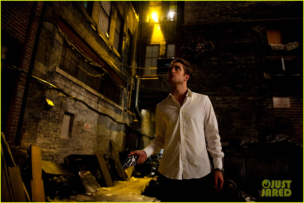 robert pattinson new cosmopolis stills 012698167
