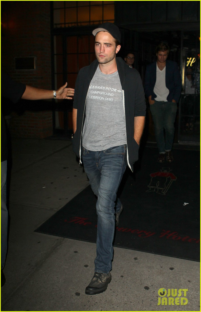 robert pattinson east village night out 03