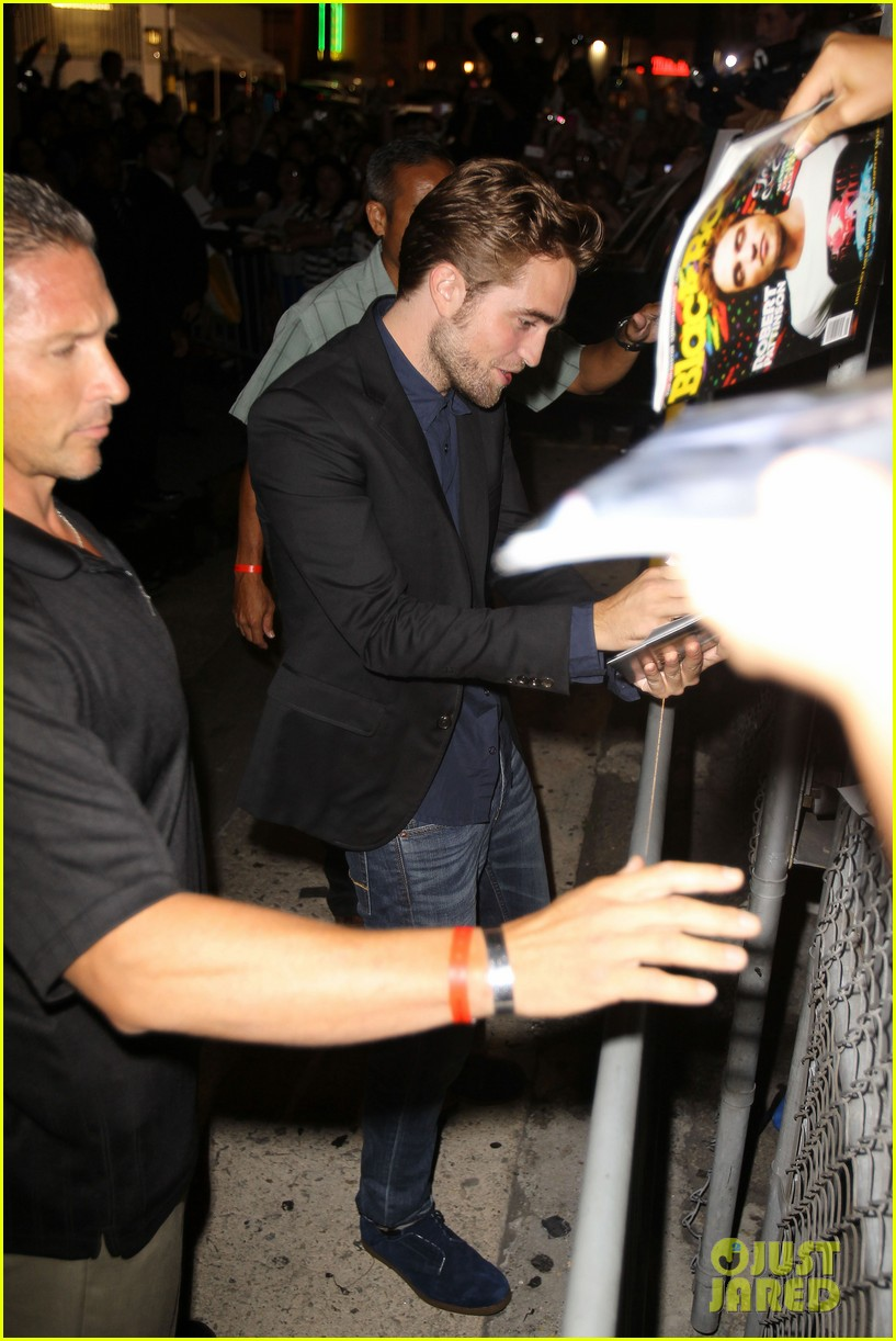 robert pattinson jimmy kimmel live appearance 022707117