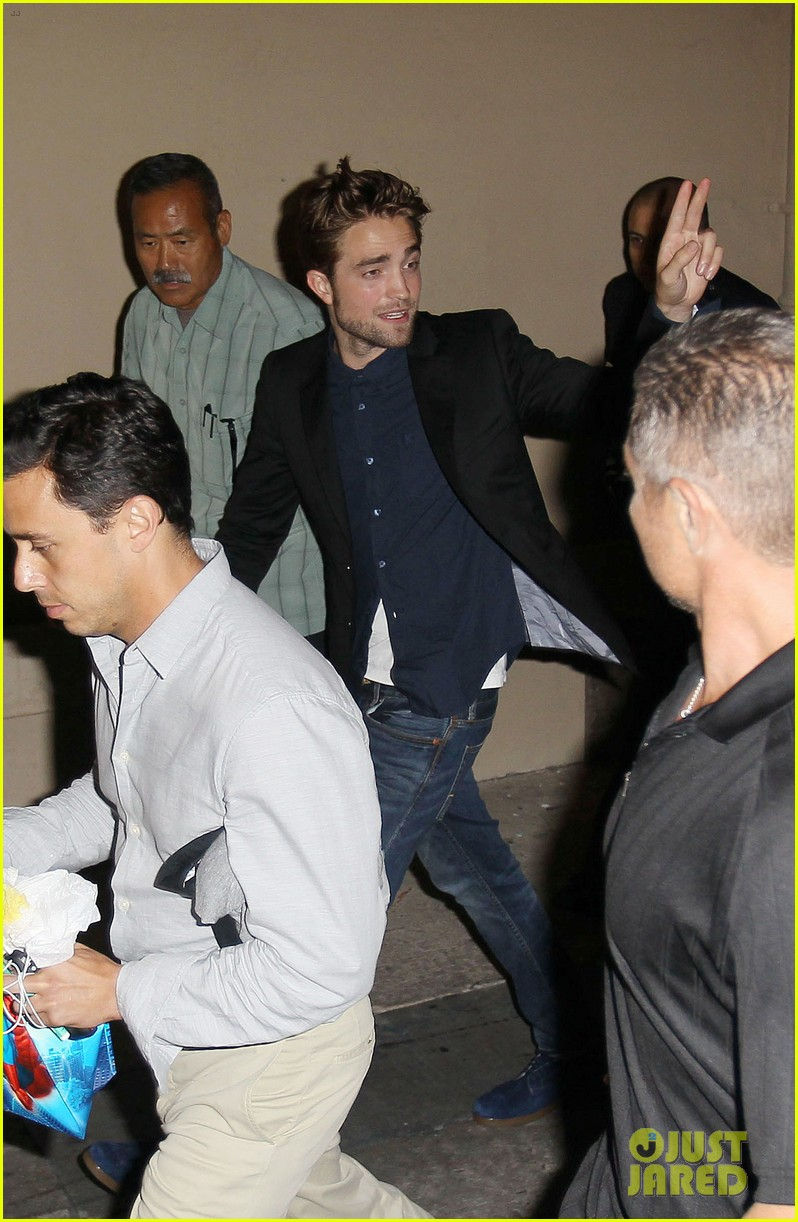 robert pattinson jimmy kimmel live appearance 032707118