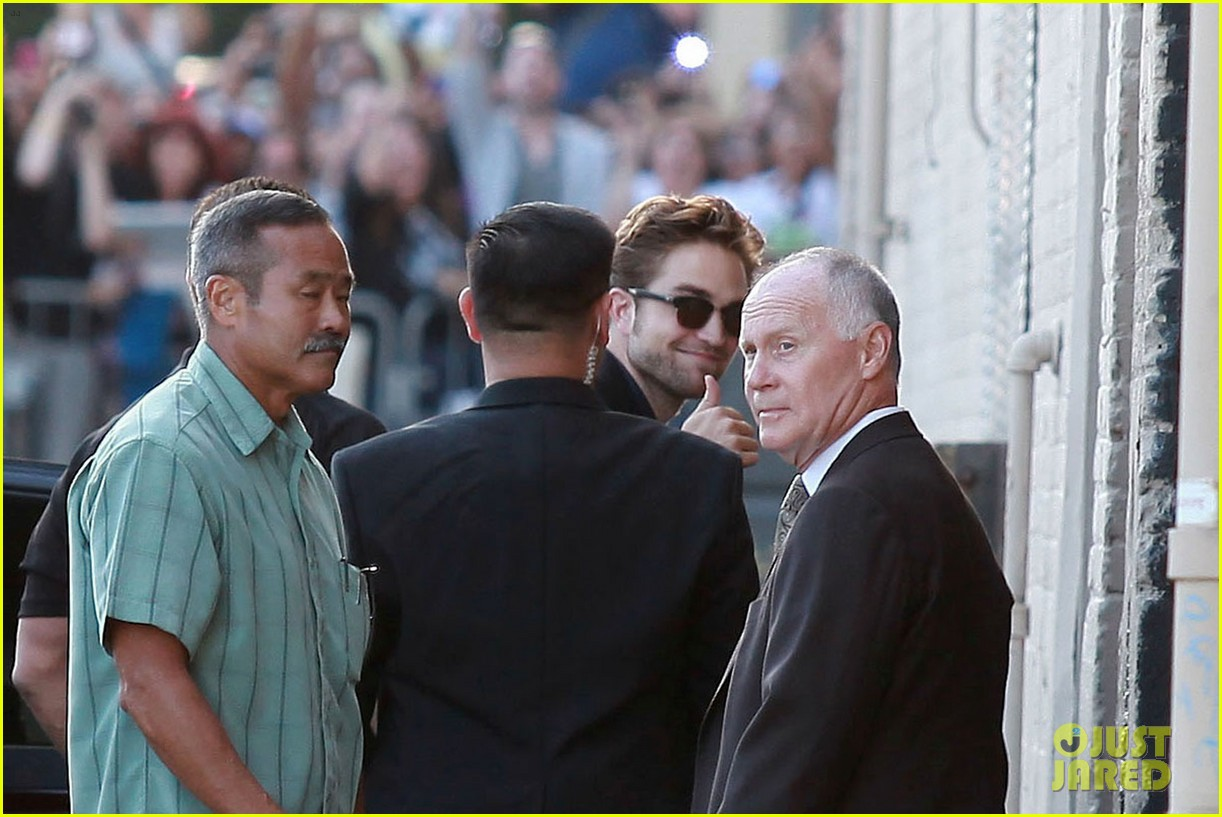 robert pattinson jimmy kimmel live appearance 282707143