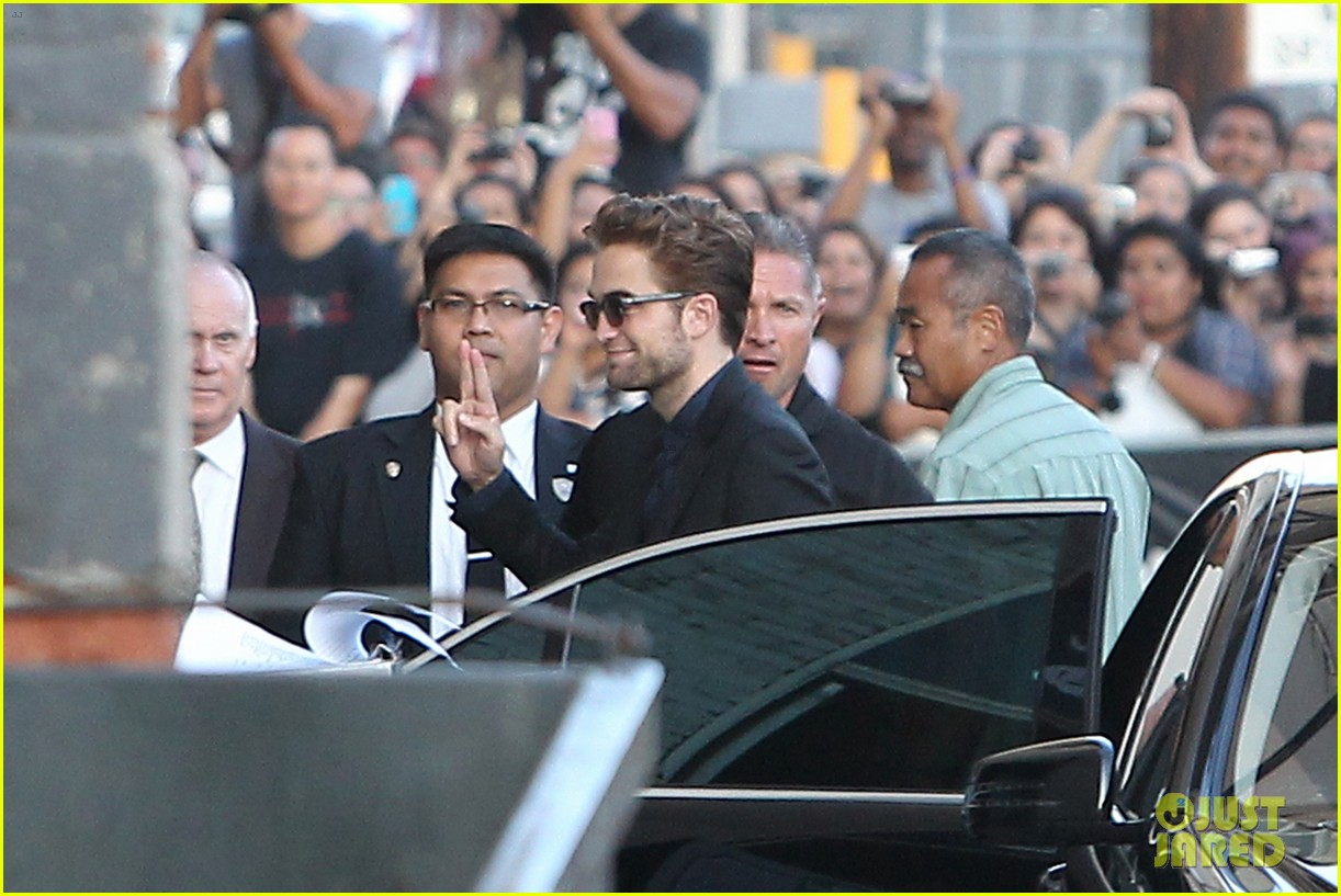 robert pattinson jimmy kimmel live appearance 342707149
