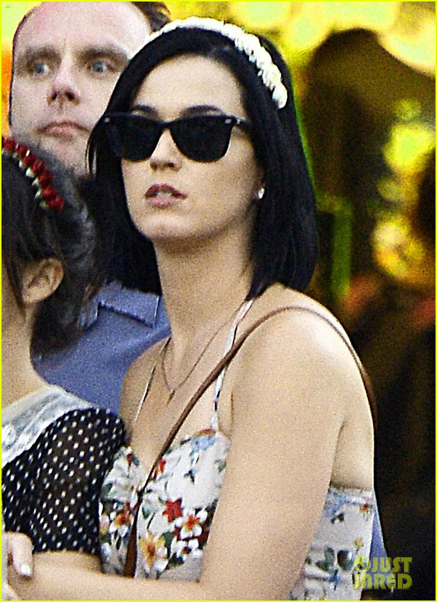 katy perry disneyland with shannon woodward 06