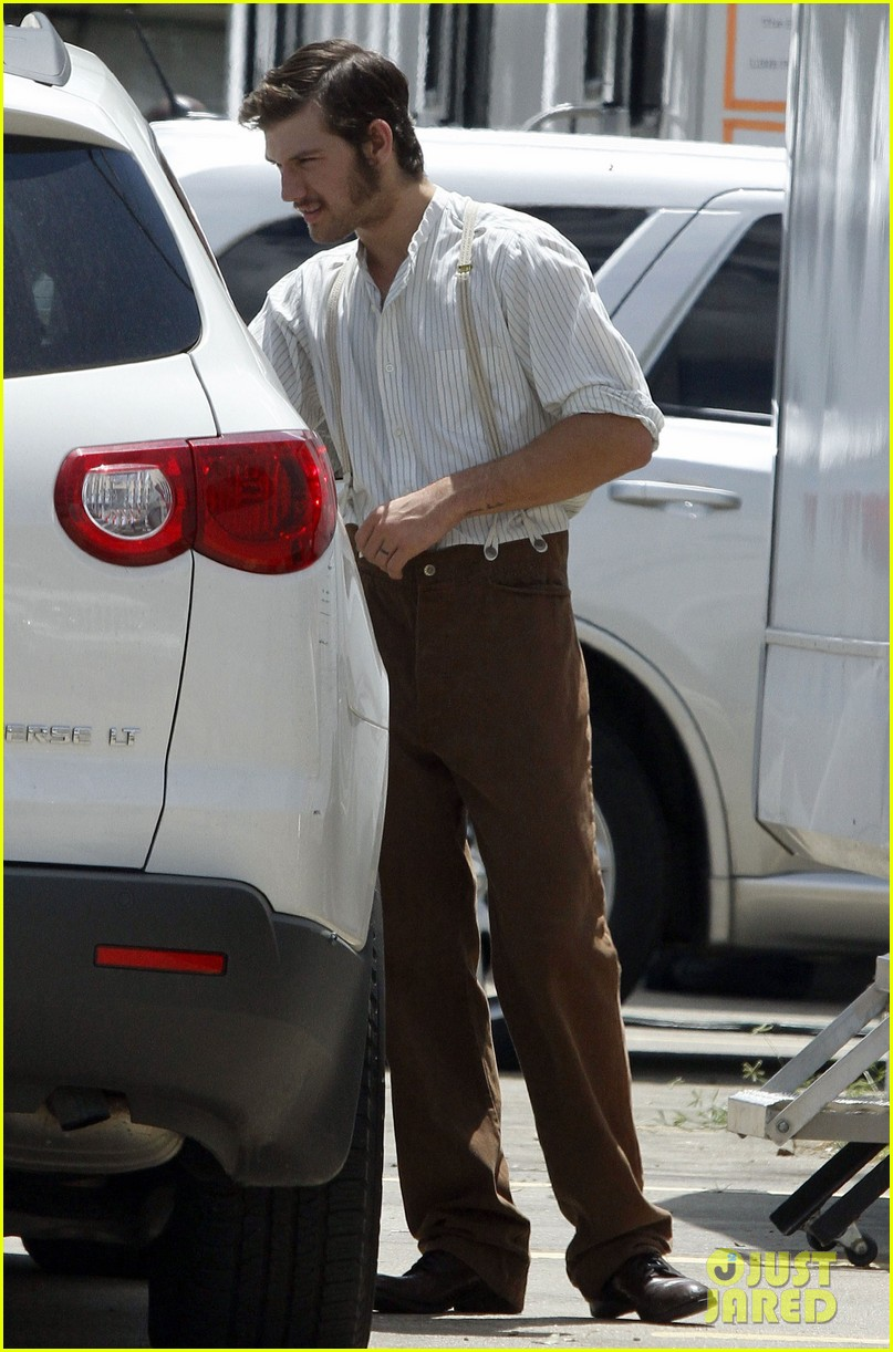 alex pettyfer sideburns butler set 03