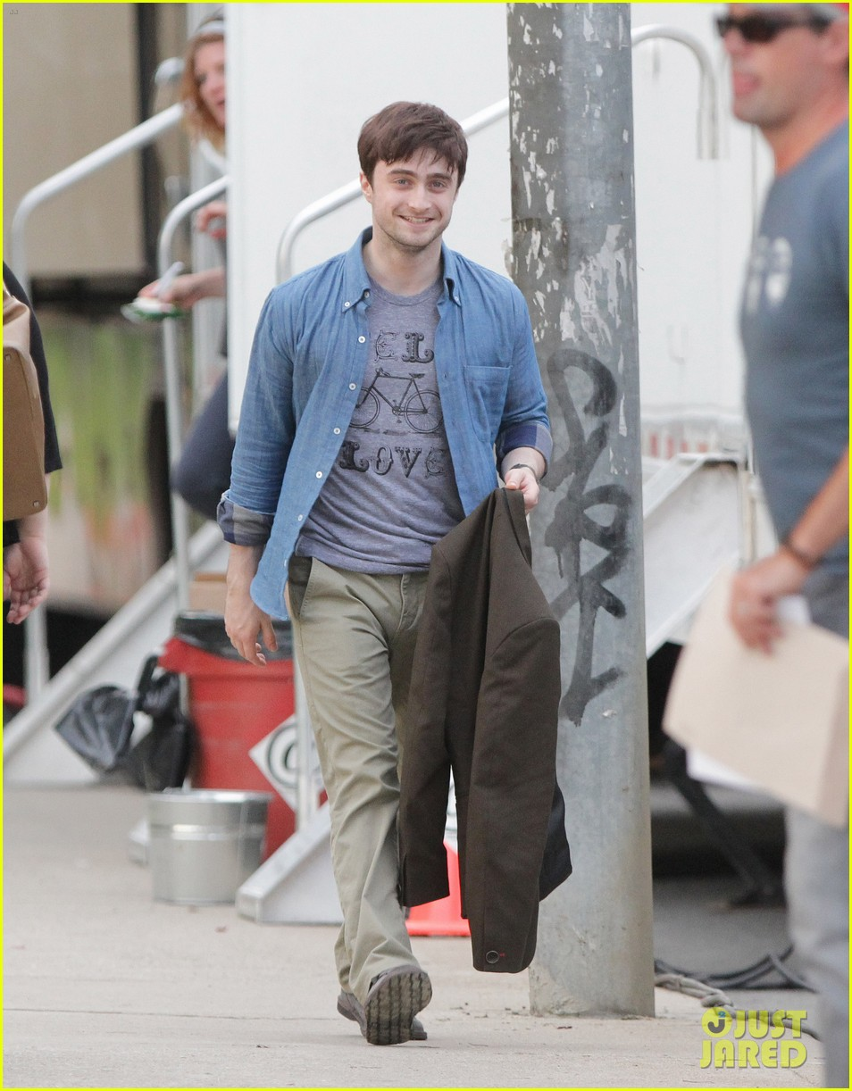 Full Sized Photo of daniel radcliffe the f word filming 09 ... Daniel Radcliffe