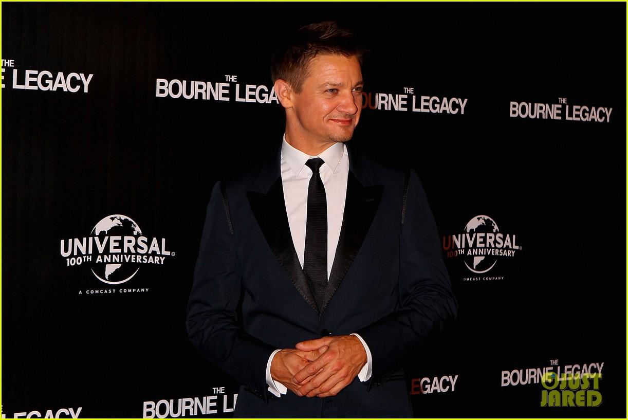 jeremy renner bourne legacy melbourne premiere 052698820