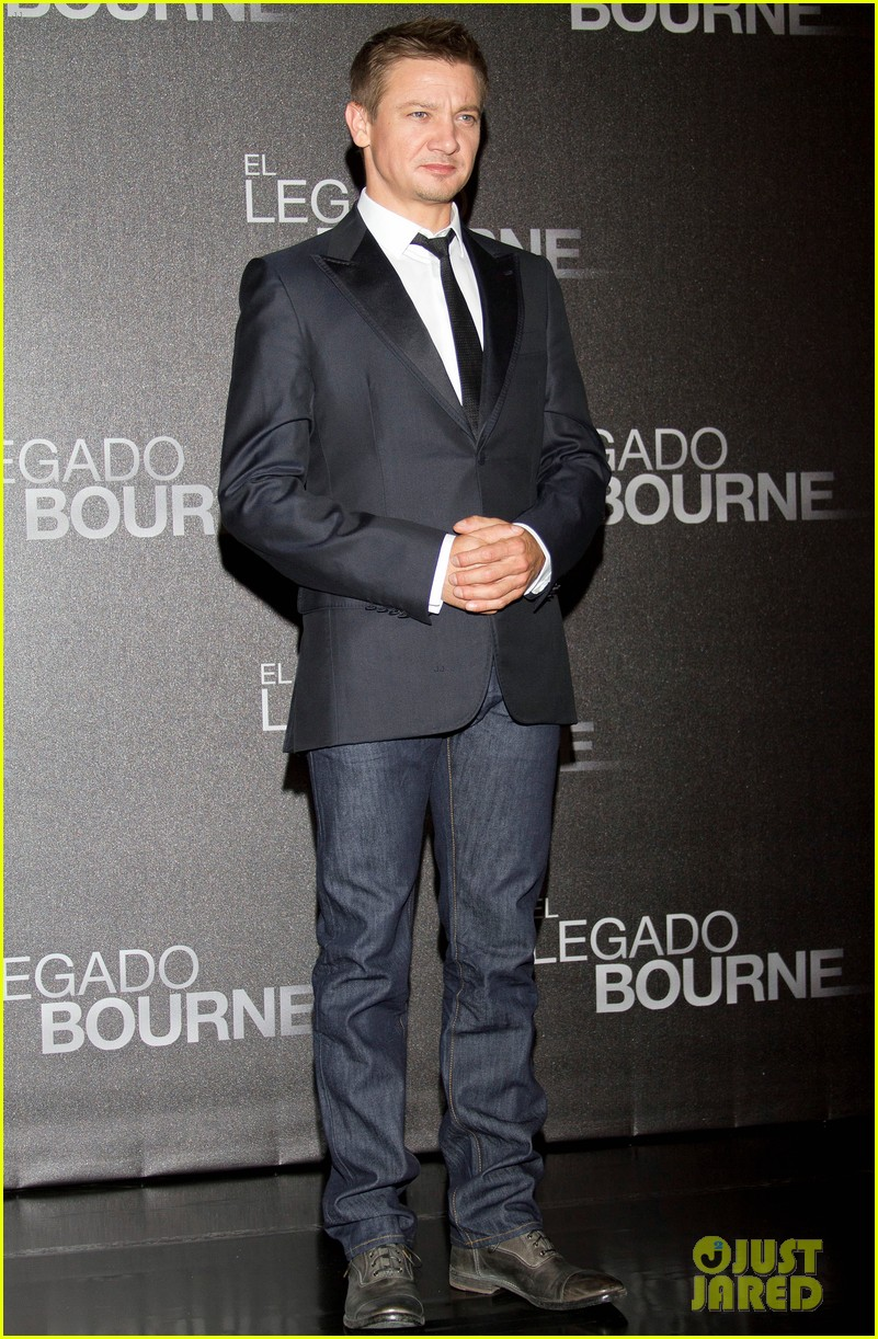 jeremy renner bourne legacy mexico city photo call 012707276