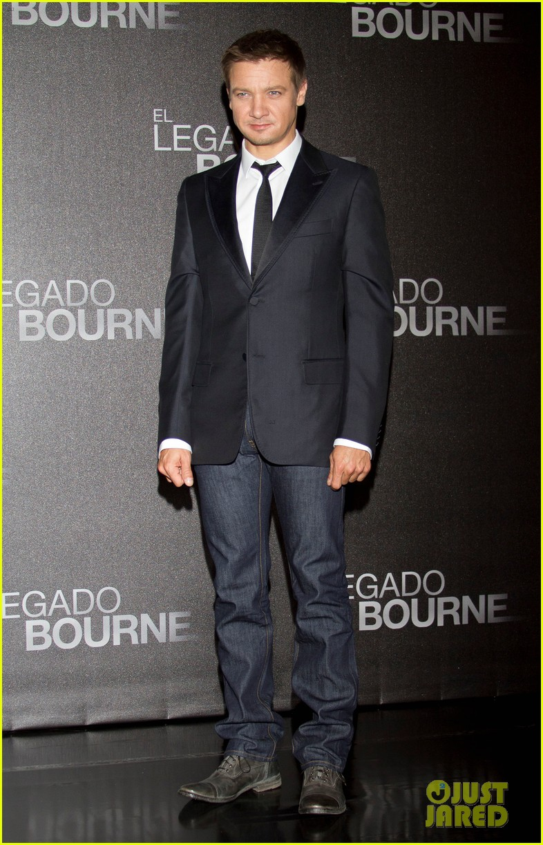 jeremy renner bourne legacy mexico city photo call 052707280