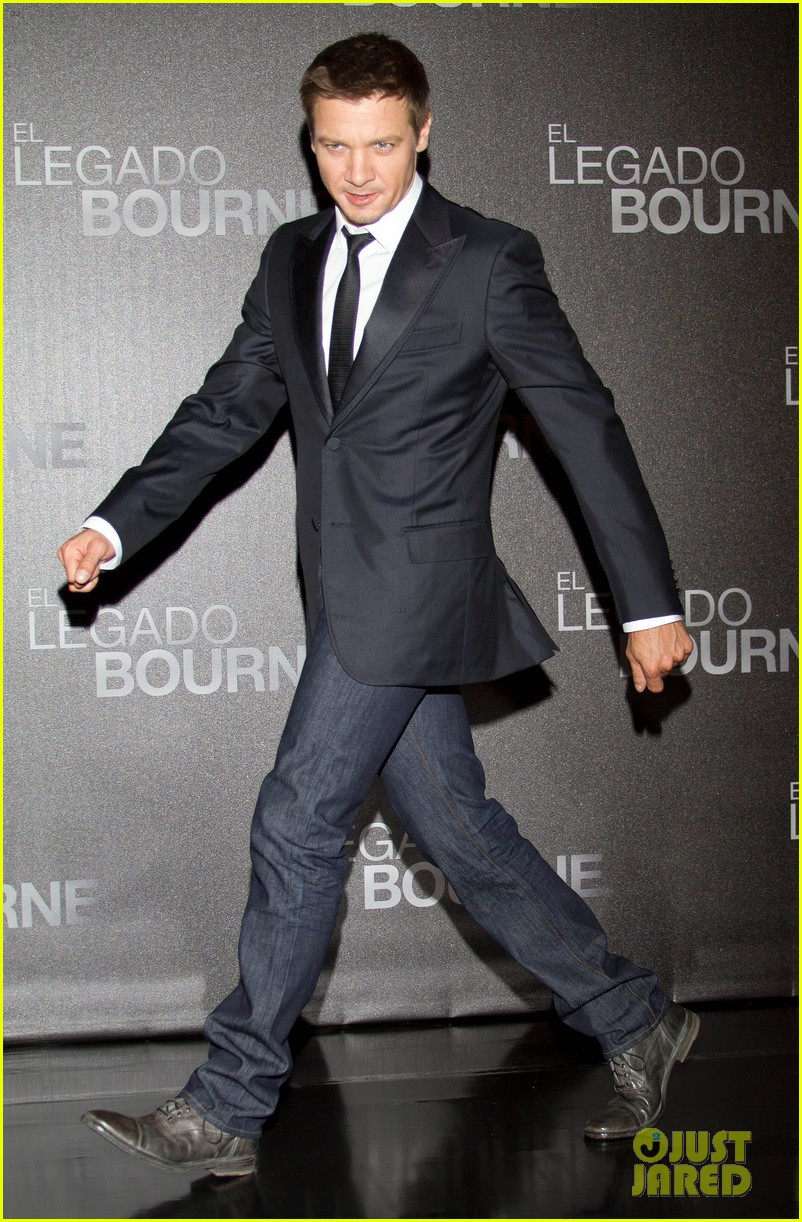 jeremy renner bourne legacy mexico city photo call 062707281