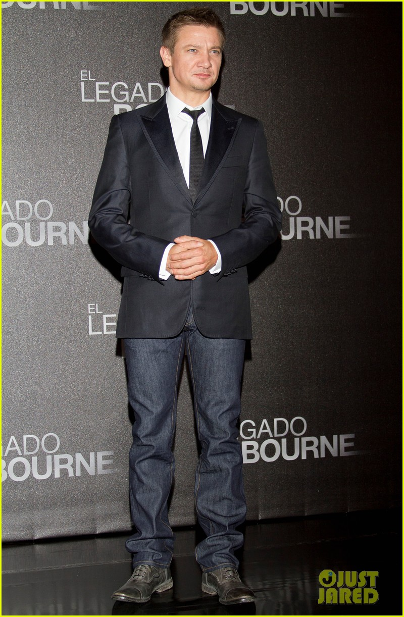 jeremy renner bourne legacy mexico city photo call 072707282