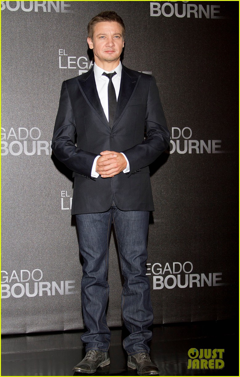 jeremy renner bourne legacy mexico city photo call 082707283