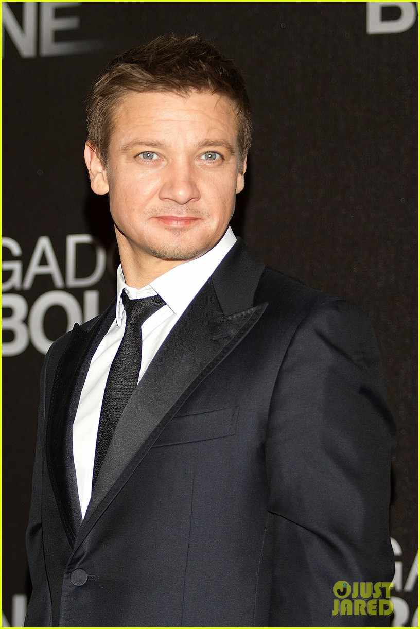 jeremy renner bourne legacy mexico city photo call 10
