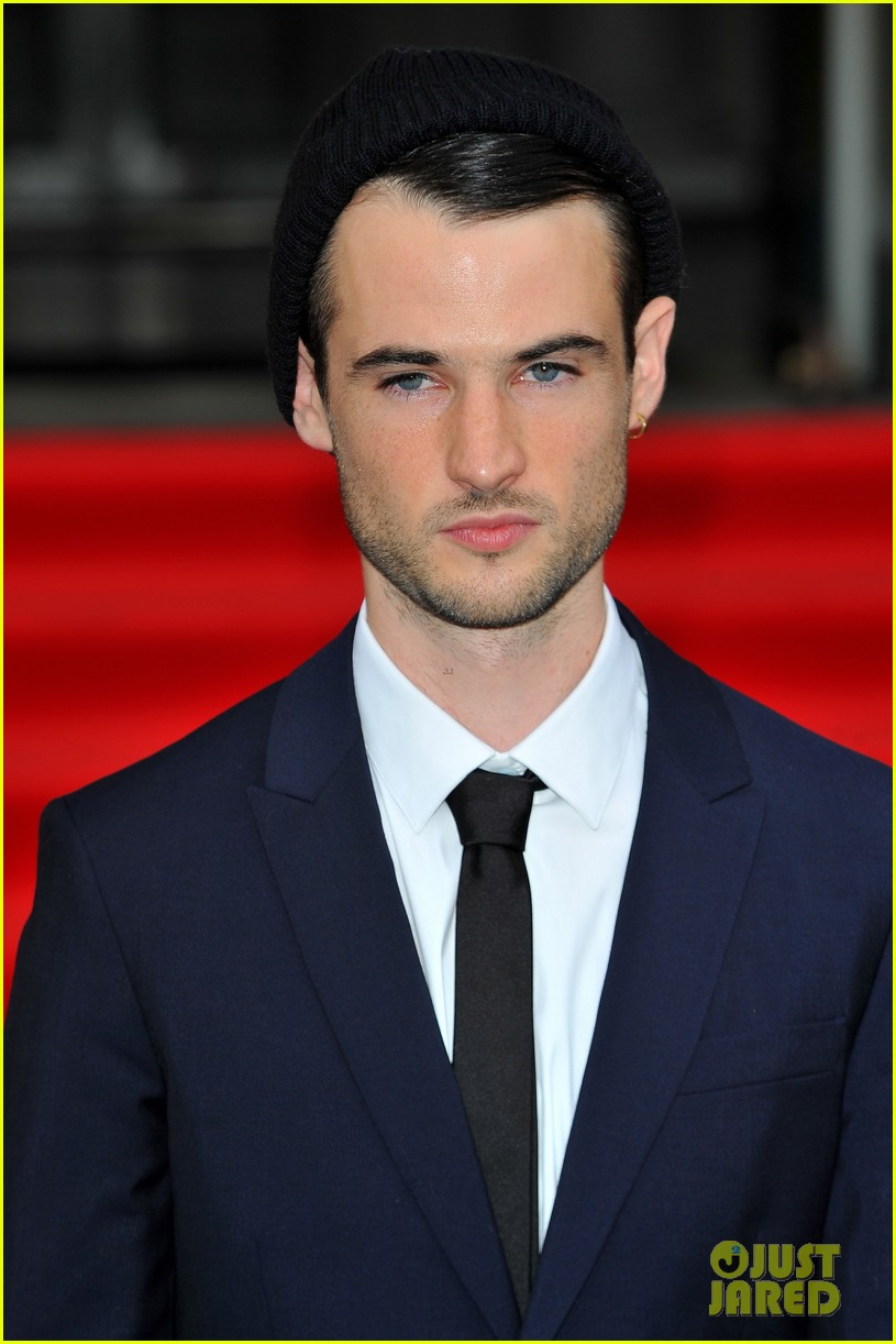tom sturridge sam riley on the road uk premiere 042703242