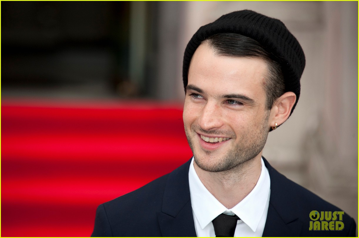 tom sturridge sam riley on the road uk premiere 152703253