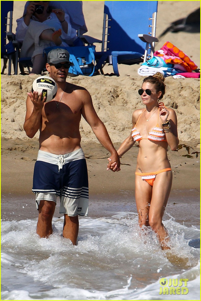 leann rimes bikini beach babe with eddie cibrian 122701488