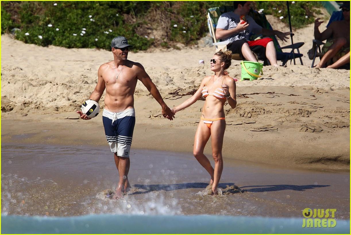 leann rimes bikini beach babe with eddie cibrian 282701504