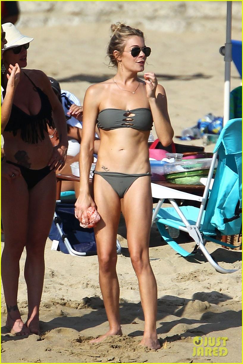 leann rimes bikini beach babe with eddie cibrian 40