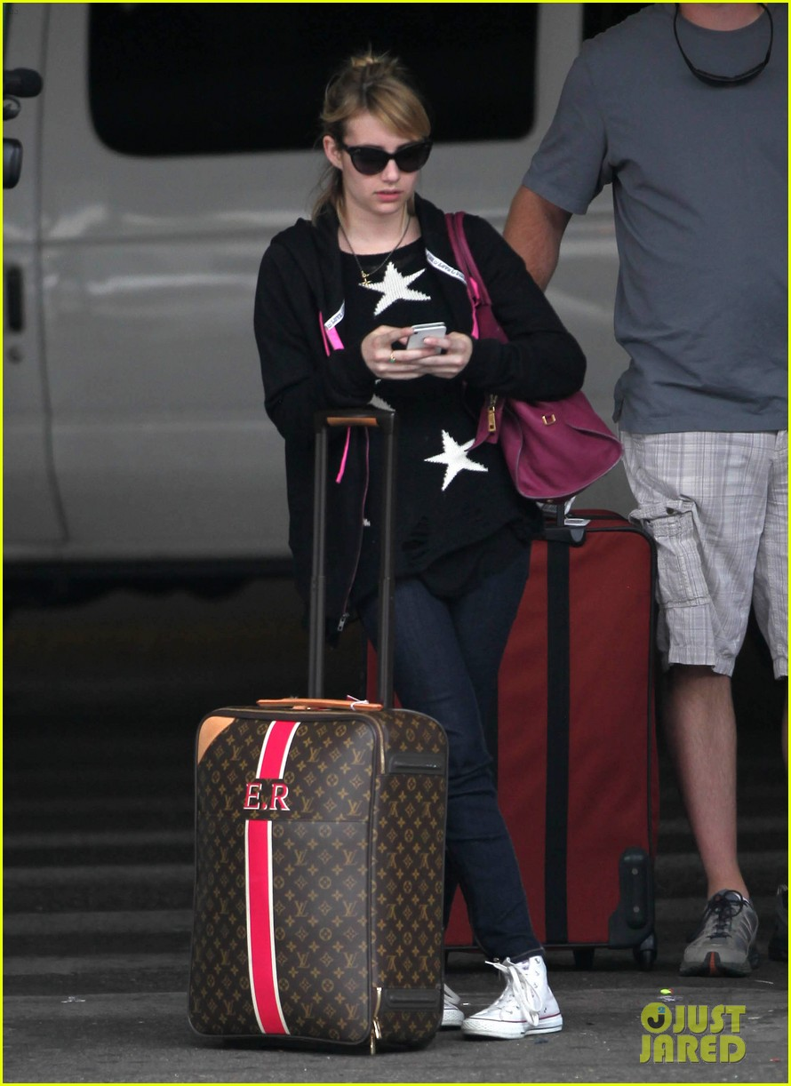 emma roberts starry sweater 102696586