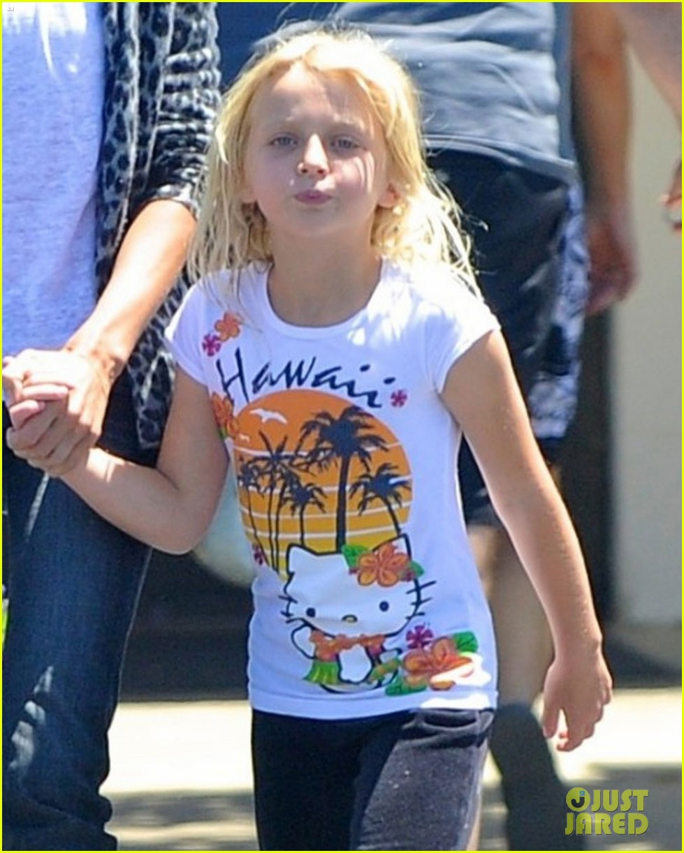 liberty ross steps out with kids post cheating scandal 052698244