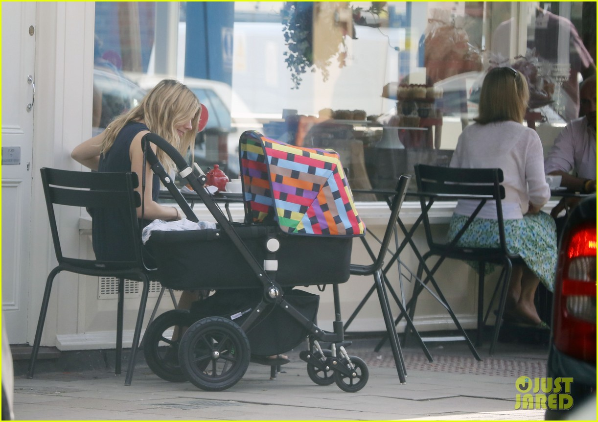 sienna miller tom sturridge out with marlowe 042699106