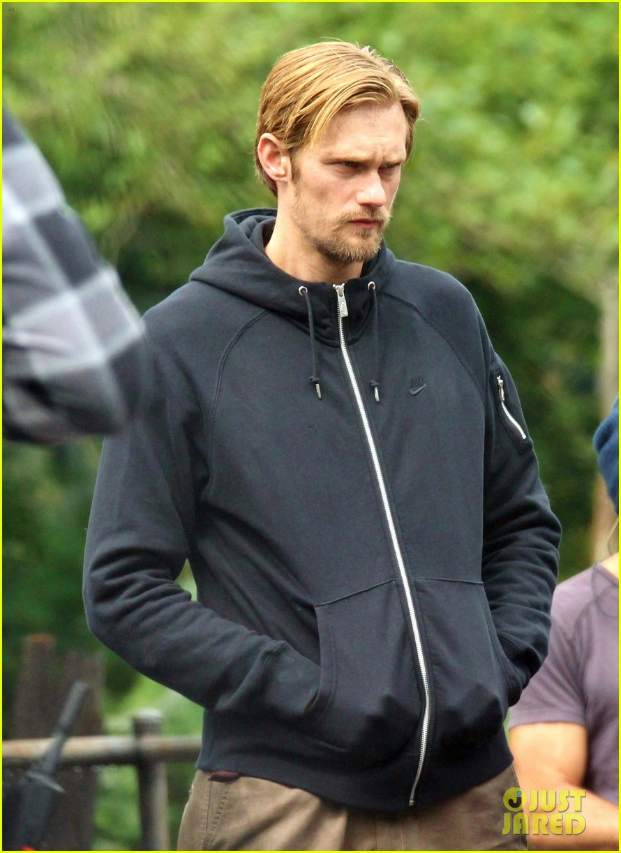 alexander skarsgard hidden set with andrea riseborough 03