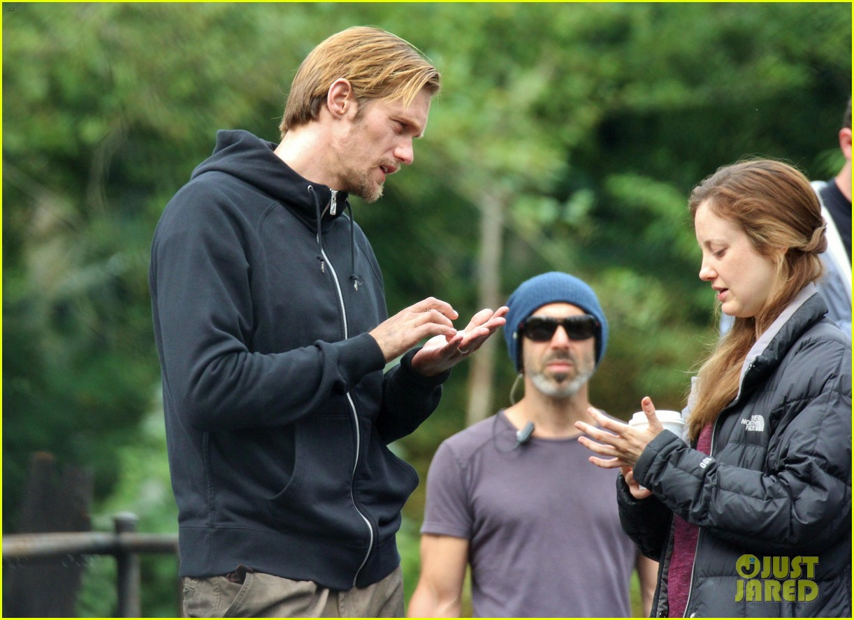 alexander skarsgard hidden set with andrea riseborough 172710473