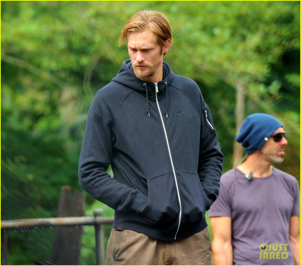 alexander skarsgard hidden set with andrea riseborough 23