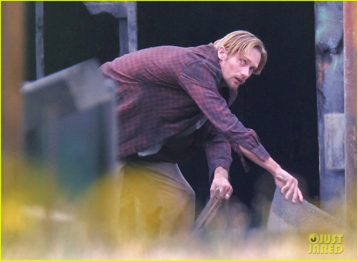 alexander skarsgard hidden set with andrea riseborough 30