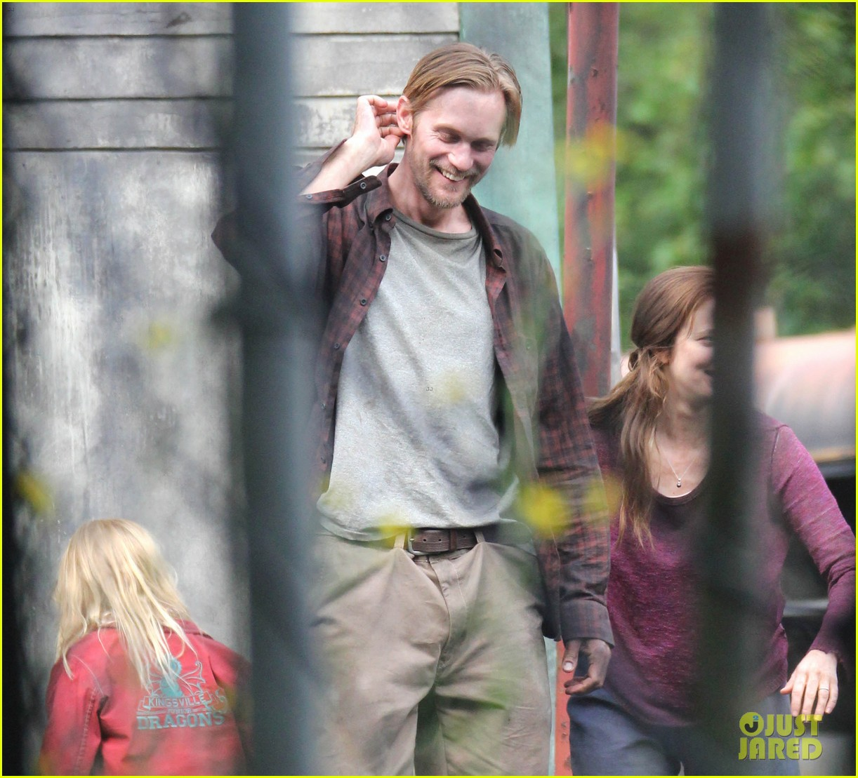 alexander skarsgard hidden set with andrea riseborough 41