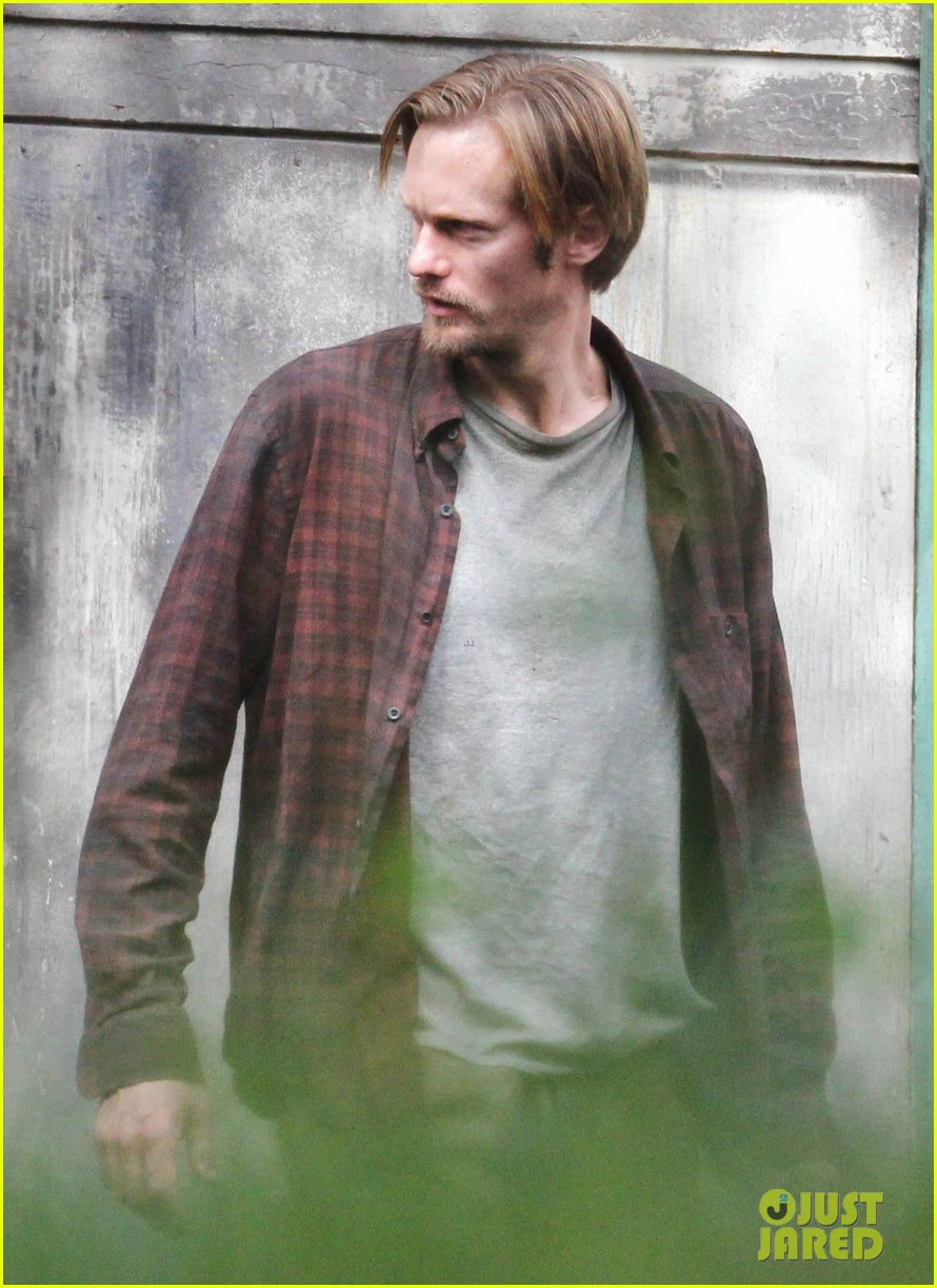 alexander skarsgard hidden set with andrea riseborough 42