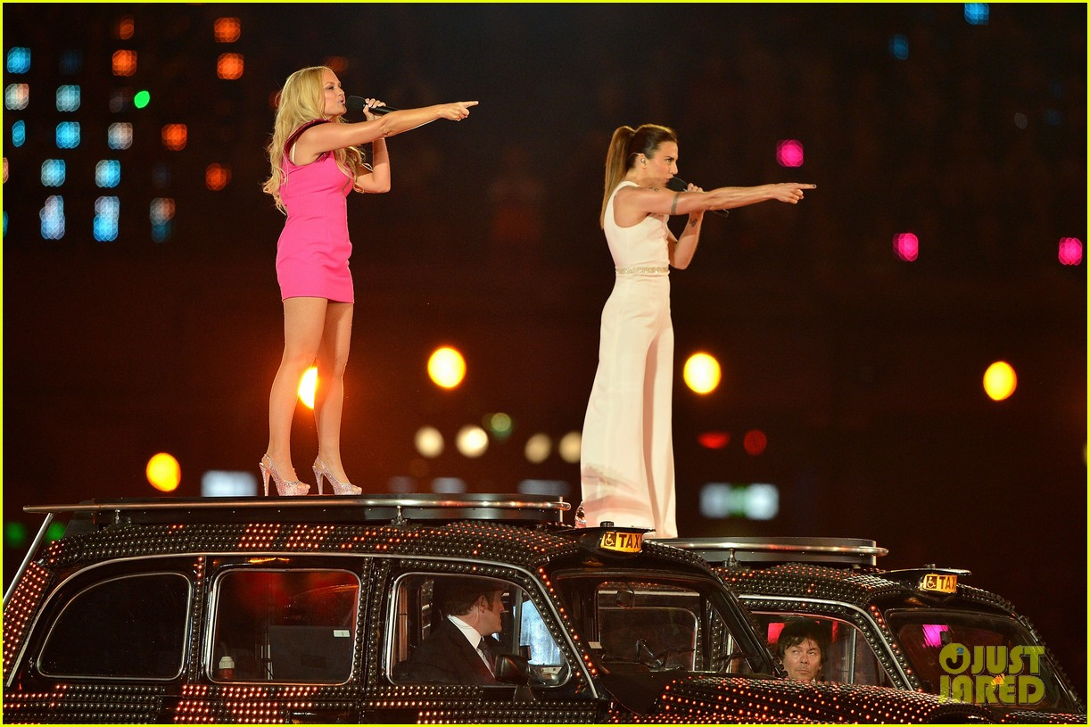 spice girls olympic closing ceremony 052700894