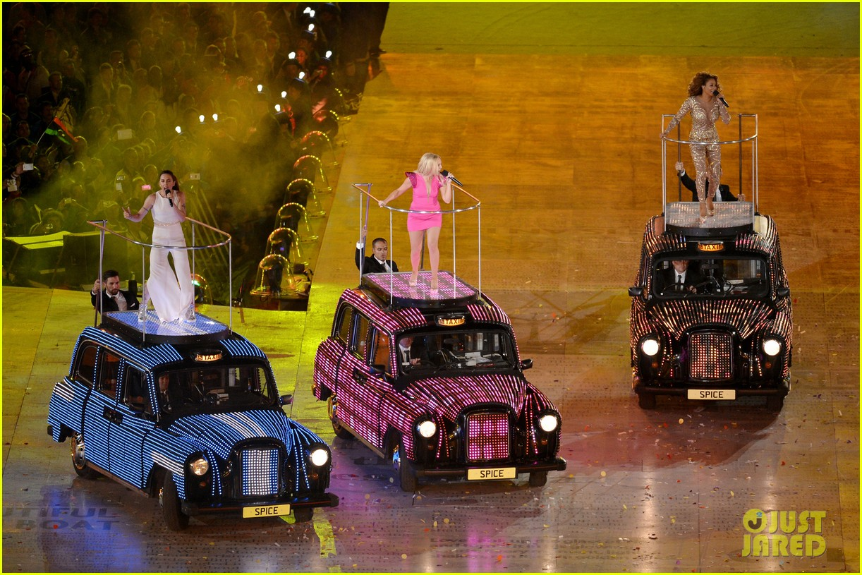 spice girls olympic closing ceremony 142700903