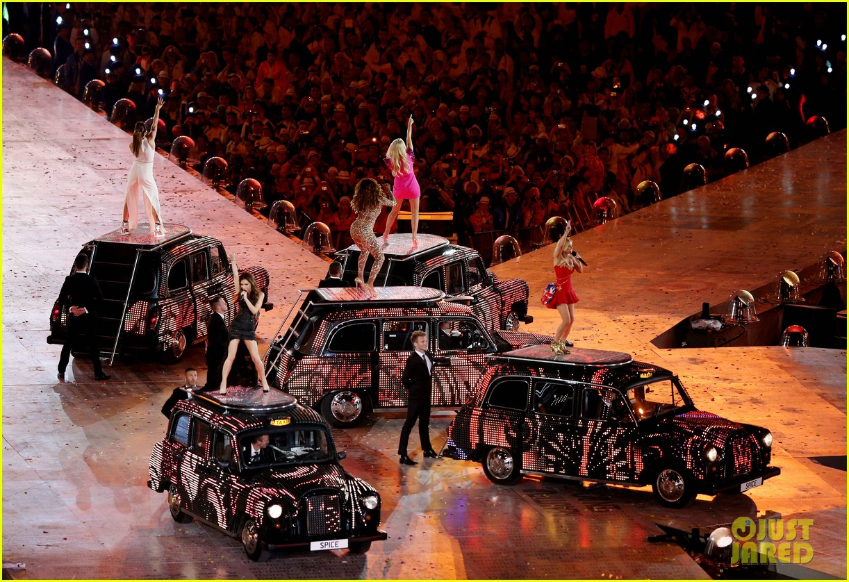 spice girls olympic closing ceremony 162700905
