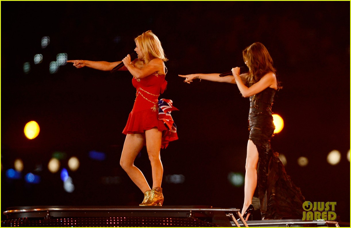spice girls olympic closing ceremony 182700907