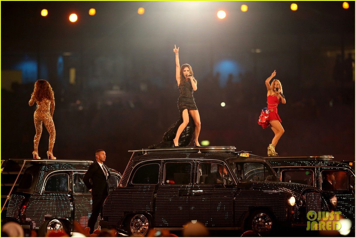 spice girls olympic closing ceremony 202700909