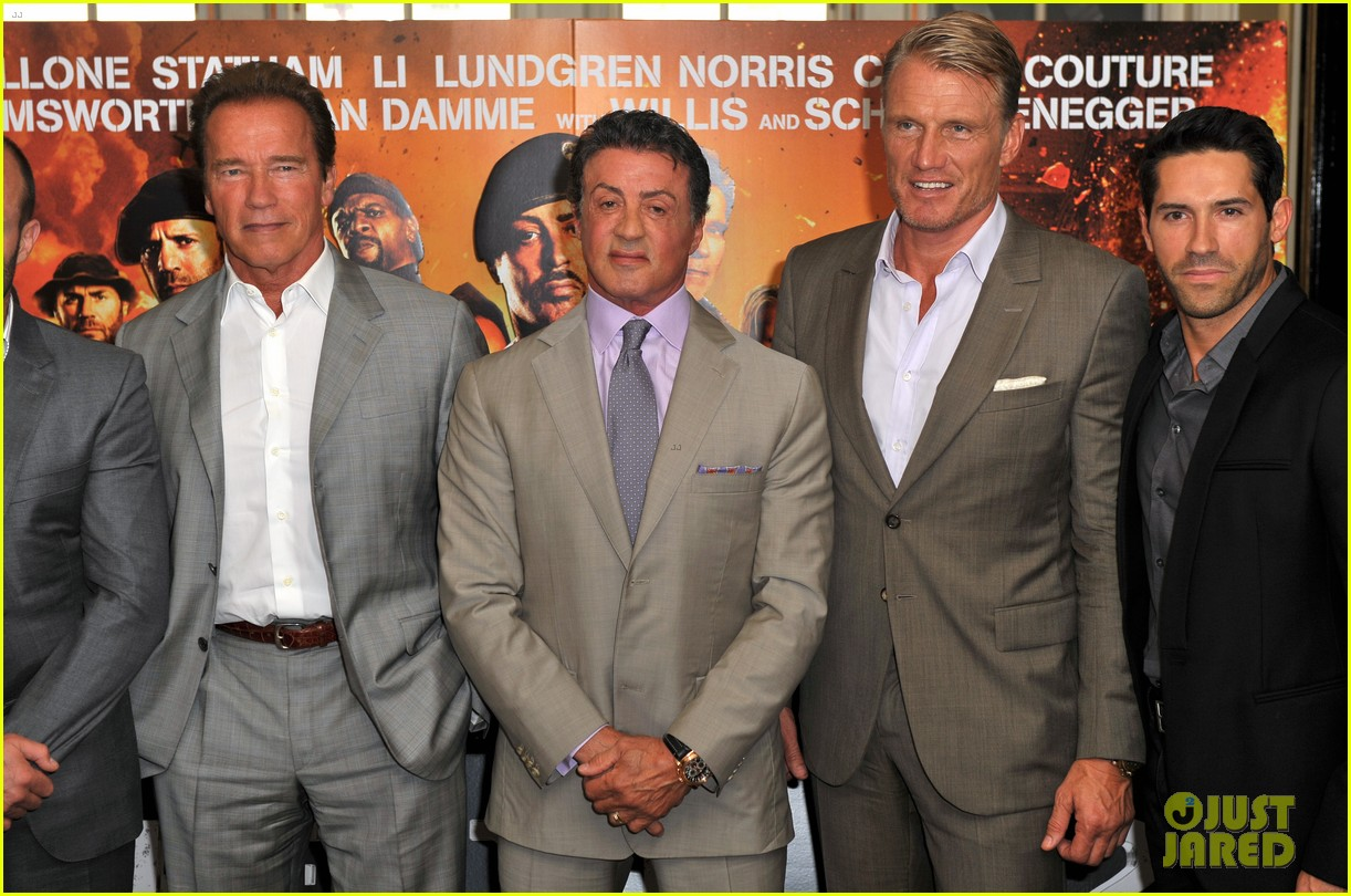schwarzenegger stallone statham expendables 2 london photo call 03
