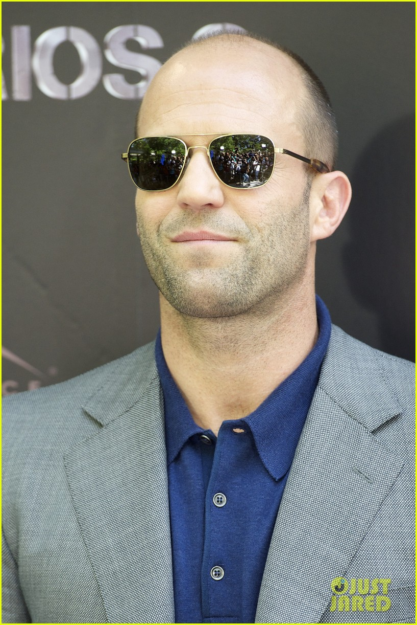 jason statham expendables 2 photo call spain 05