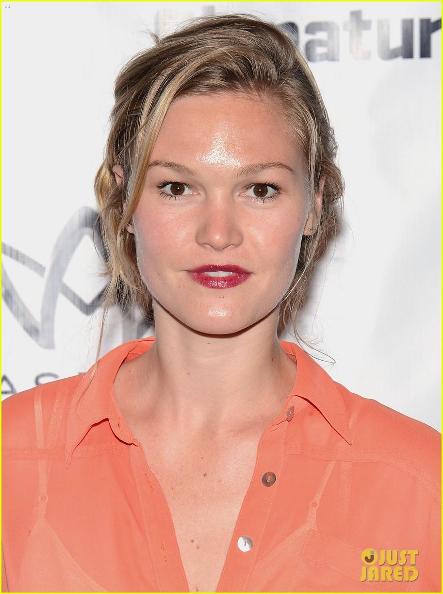 julia stiles heartless opening night party 022709704