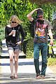 emma stone andrew garfield burgers and books 19