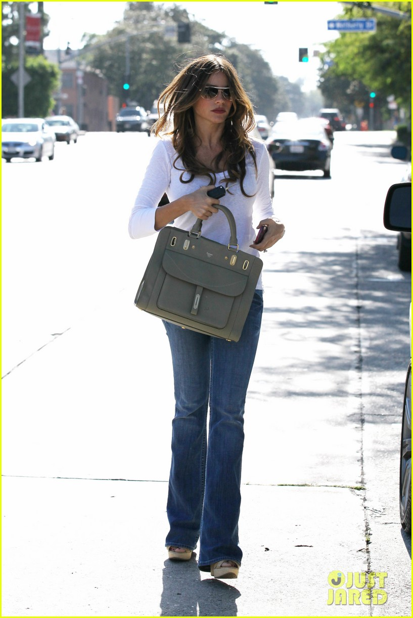sofia vergara back in la 042695175